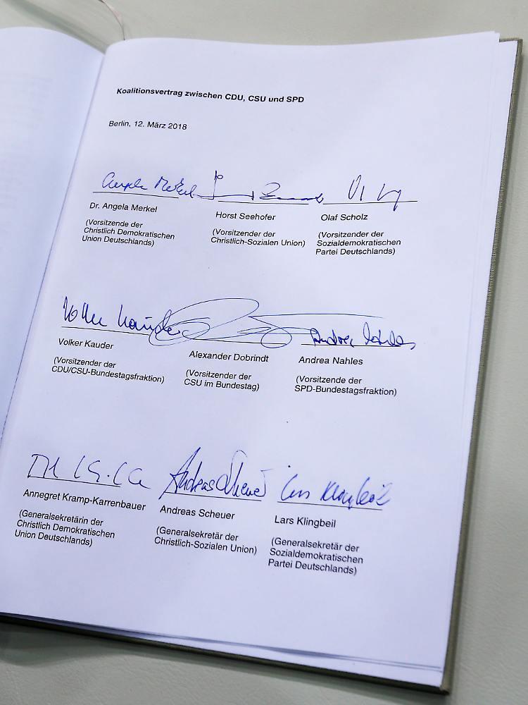 Politikerhandschriften unter die Lupe genommen